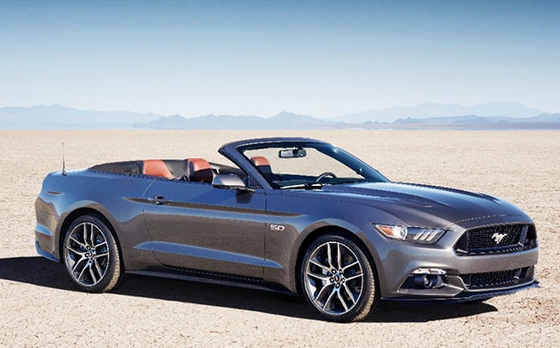 2015 Ford Mustang Convertible, front three-quarter view