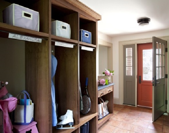 How to Make a Mudroom