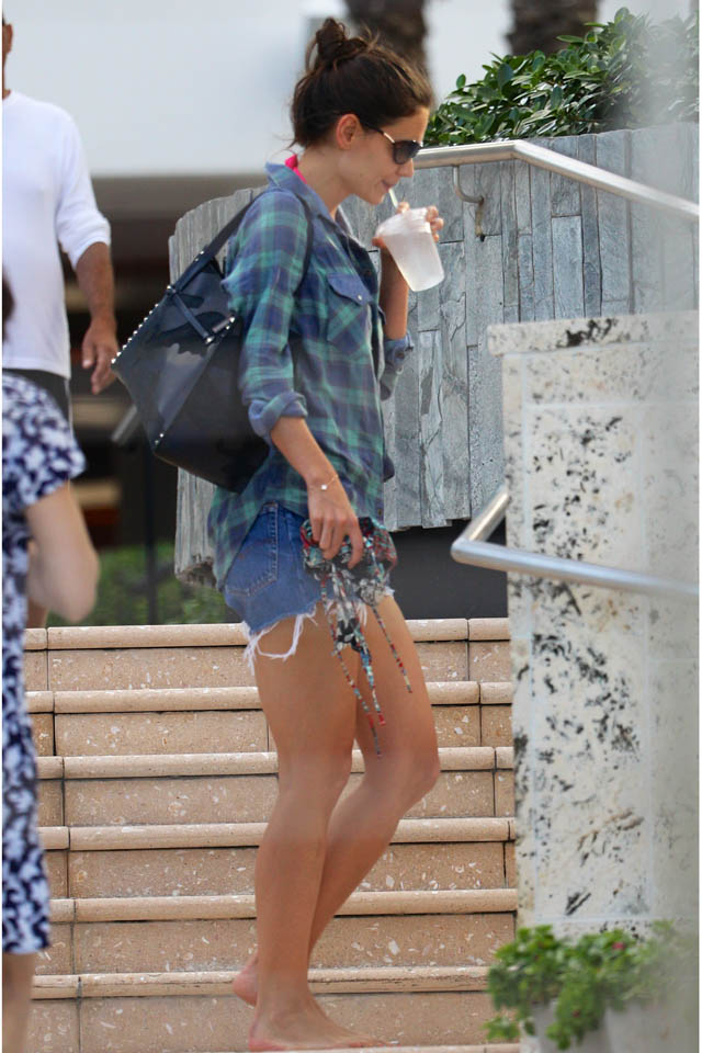 Actress Katie Holmes is seen walking out and about in a blue and green plaid button down shirt, Levi's jean shorts and with a black camouflage print handbag in Miami, FL. <P> Pictured: Katie Holmes <P> <B>Ref: SPL673480  301213  </B><BR/> Picture by: Splash News<BR/> </P><P> <B>Splash News and Pictures</B><BR/> Los Angeles: 310-821-2666<BR/> New York: 212-619-2666<BR/> London: 870-934-2666<BR/> photodesk@splashnews.com<BR/> </P>