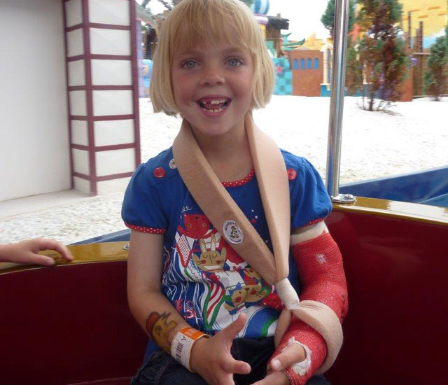 Girl with broken arm sent home with Calpol
