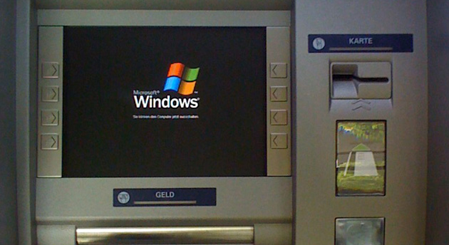 atm-windows-xp-martin-maciaszek-flickr.j