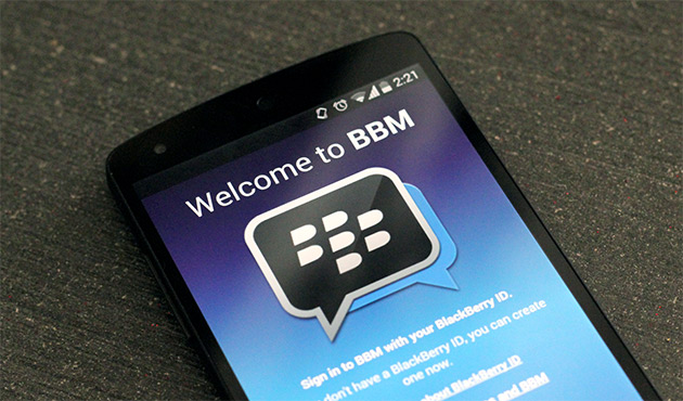 BBM to let you share photos in multi-person chats and transfer larger files