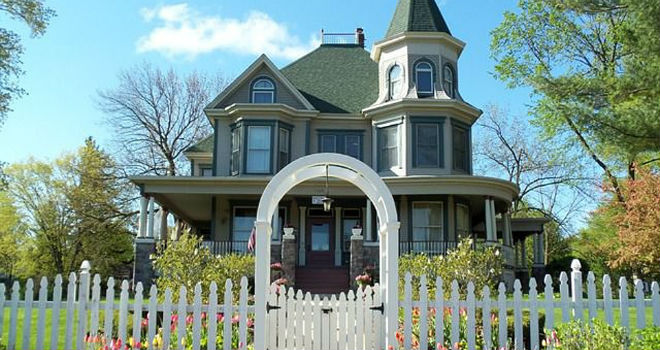 groundhog day bed and breakfast for sale