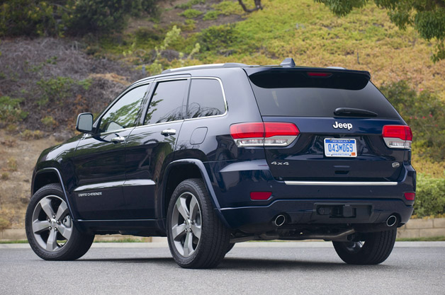 featured gallery 2014 jeep grand cherokee overland review. Cars Review. Best American Auto & Cars Review
