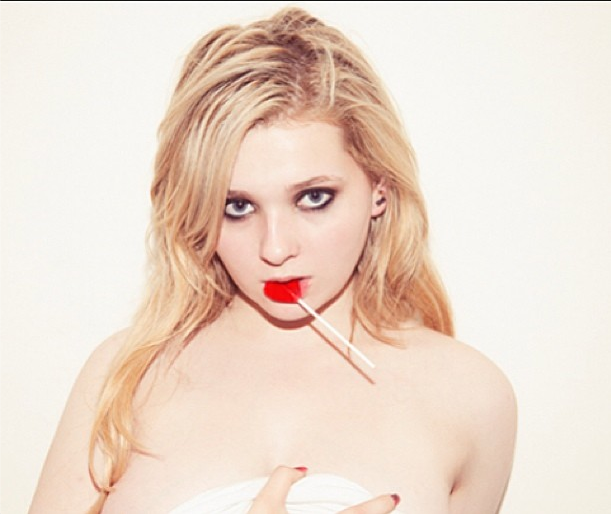 Abigail Breslin poses topless nude pics Tyler Shields naked photo
