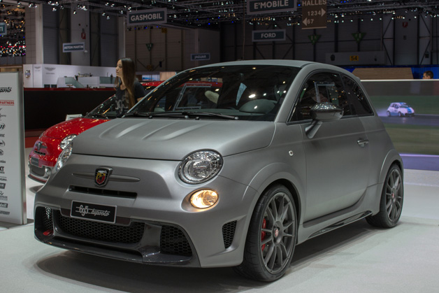 Abarth 695 Biposto - front three-quarter view at 2014 Geneva Motor Show