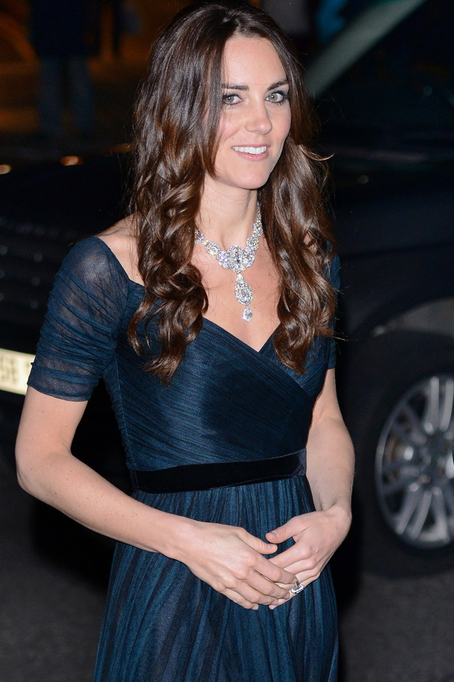 kate-middleton-crown-jewels-australia-trip