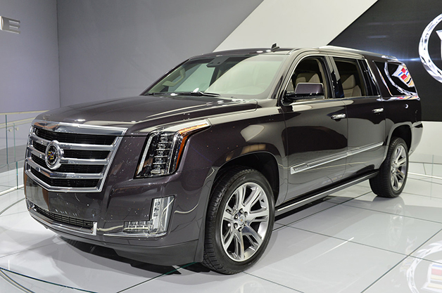 2015 Cadillac Escalade, front three-quarter view