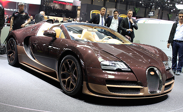 Rembrandt Bugatti Veyron 16.4 Grand Sport Vitesse at the 2014 Geneva Motor Show, front three-quarter