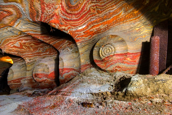 psychedelic-salt-mine-pictures-russia