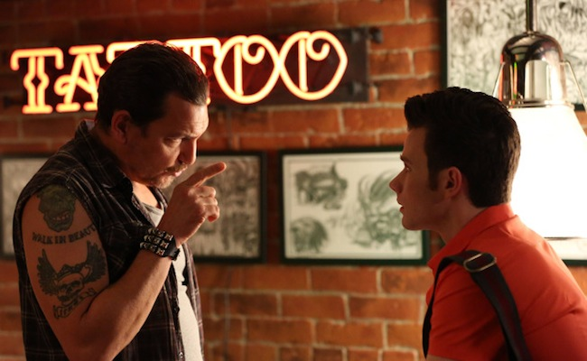 GLEE: Kurt (Chris Colfer, R) goes to a tattoo parlor in