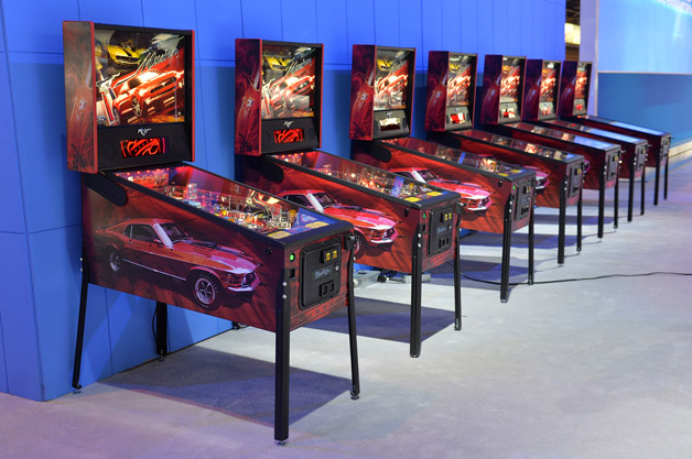 Ford Mustang Pinball Machine