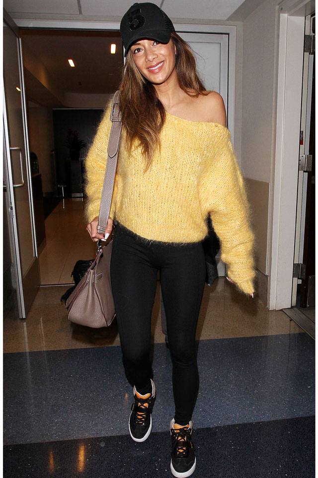NO JUST JARED USAGE<BR/> Nicole Scherzinger arrives at the Los Angeles International Airport. ***NO DAILY MAIL SALES**** <P> Pictured: Nicole Scherzinger <P><B>Ref: SPL692482  020214  </B><BR/> Picture by: Splash News<BR/> </P><P> <B>Splash News and Pictures</B><BR/> Los Angeles: 310-821-2666<BR/> New York: 212-619-2666<BR/> London: 870-934-2666<BR/> photodesk@splashnews.com<BR/> </P>