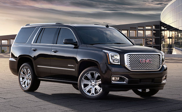 215 GMC Yukon Denali - front three-quarter view, black