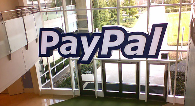 Apple's online store now accepts PayPal, lets you spread the cost