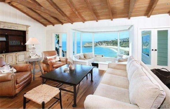 Lauren Conrad's Laguna Beach living room