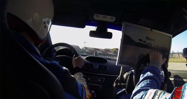 【ビデオ】腕利きのゲーマーとレーサーが同じサーキットで勝負したらどっちが勝つ?