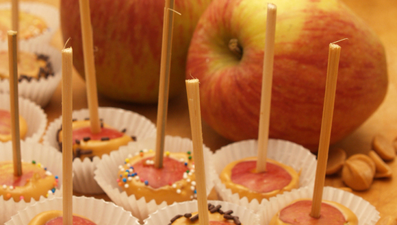 Miniature candied apples