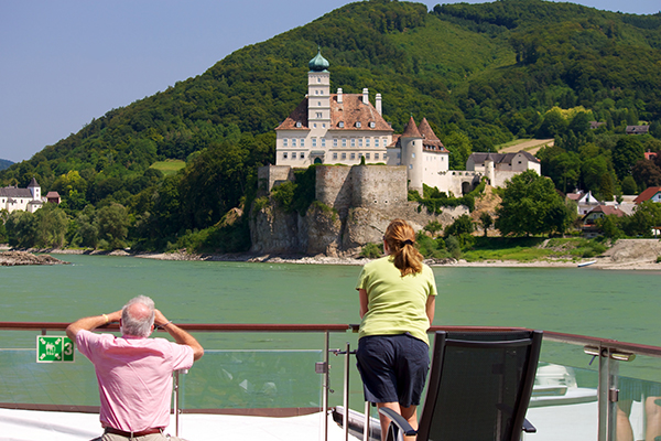 Wachau Valley Castle River Cruise