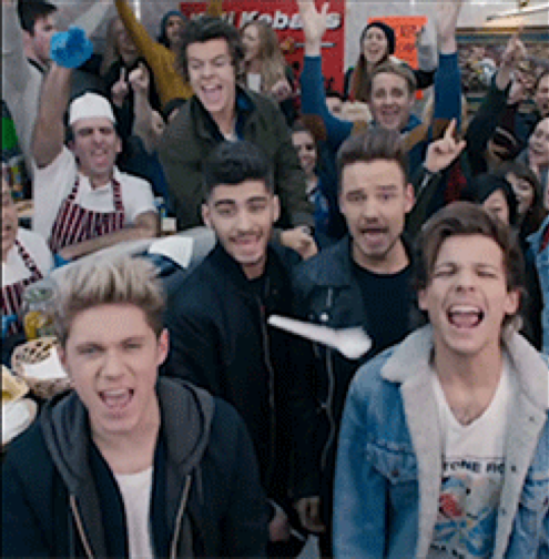 One Direction Midnight Memories music video premiere