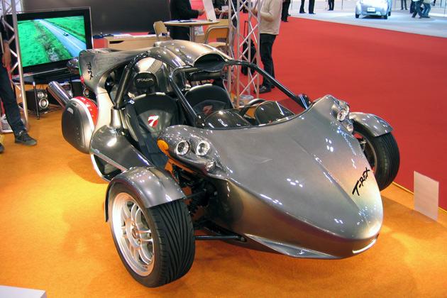 東京モーターショー :  カナダ製スリーホイーラー「T-REX」