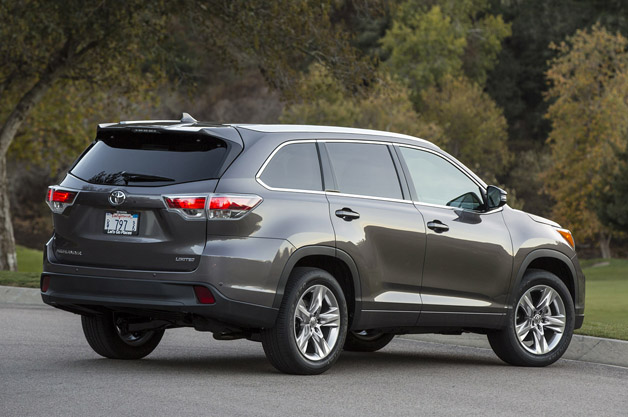 2013 Toyota Highlander Body Side Moldings