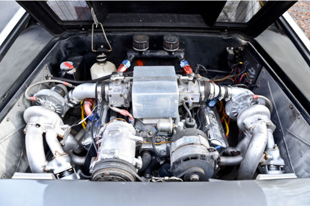 DeLorean Twin-Turbo