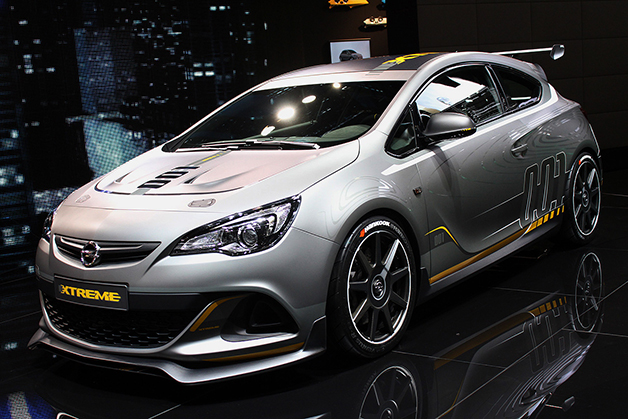 Opel Performance Center takes Astra to the Extreme [w/video]
