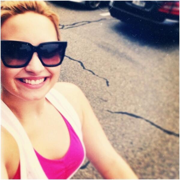 Demi Lovato Lavender diss Miley Cyrus