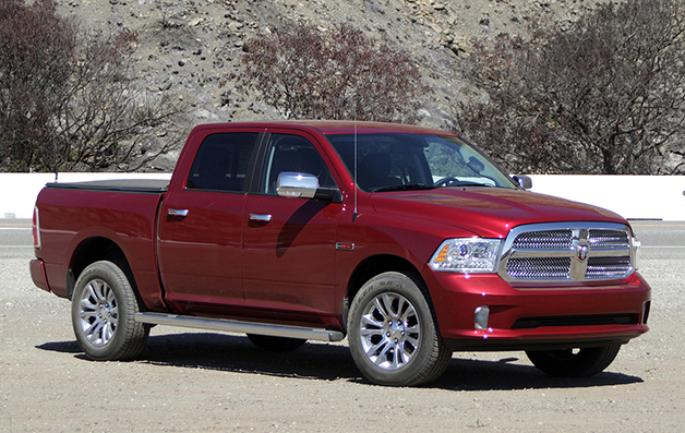 2014 Ram 1500 EcoDiesel, front three-quarter view