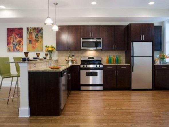 Hyde Park apartment kitchen