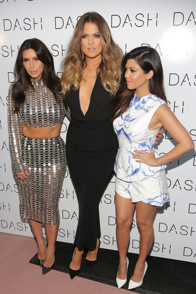 kim-kardashian-chain-mail-dress-dash-miami-beach-opening