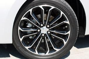 2014 Toyota Corolla wheel