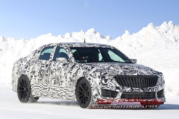 2016 Cadillac CTS-V Sedan spy shots