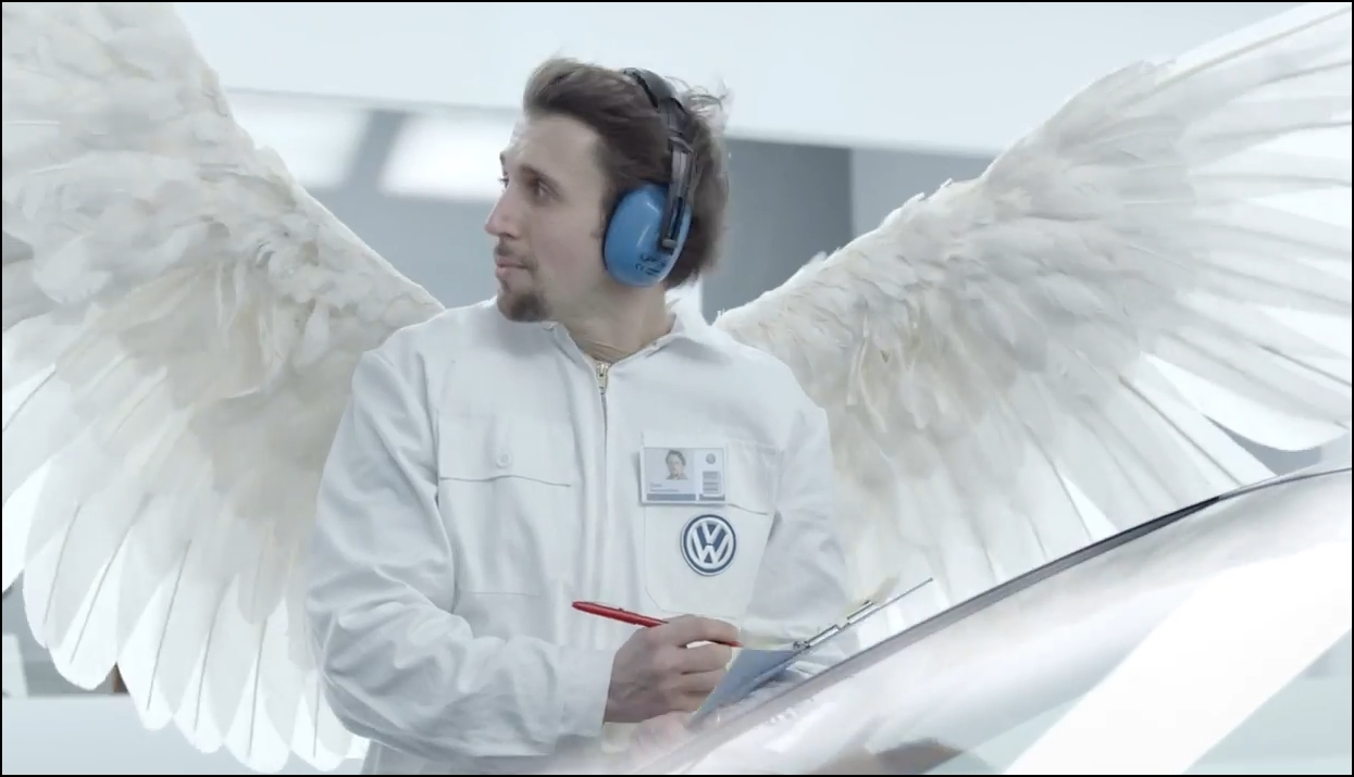 2014, ad, VW, Volkswagen, wings, Vw verleiht flügel,  autowerbung, breaking, car ad, commerical, funny, game day 2014, humor, komisch, lachen, lol, lustich, Super Bowl, super bowl 2014, teaser, tv spot, video, volkswagen, vw, witzig game day