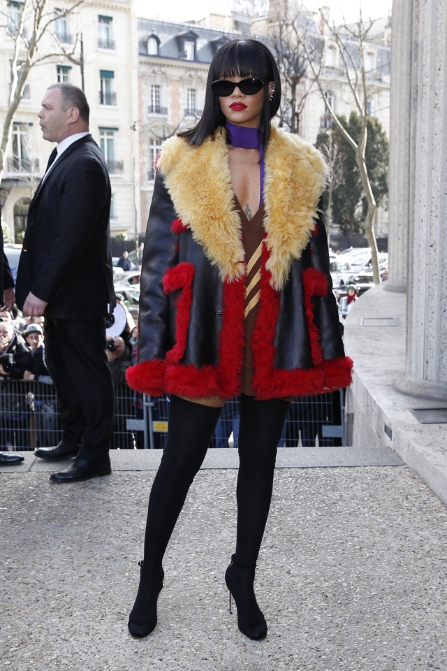 rihanna-thigh-high-boots-eiffel-tower-miu-miu-show-paris-fashion-week