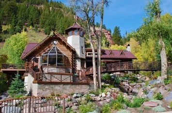 Homes With Hobbit House Style Listed On The Market Now