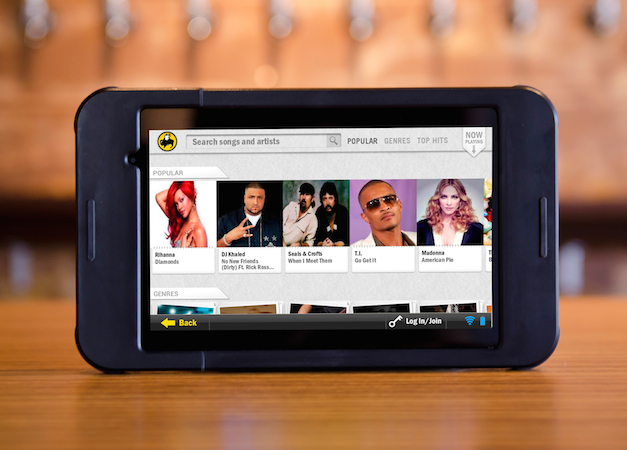 Buffalo Wild Wings to use tablets for gaming, ordering another round