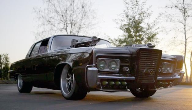【ビデオ】映画版『グリーン・ホーネット』で活躍した武装車「ブラック・ビューティー」!