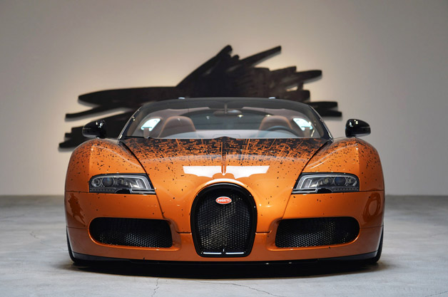 bugatti veyron grand sport venet on display in beverly hills. Black Bedroom Furniture Sets. Home Design Ideas