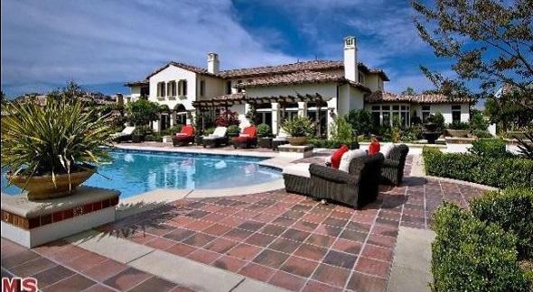 Justin Bieber house Calabasas California