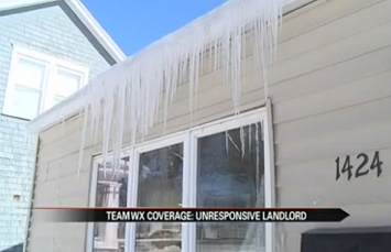 Tenants' Door Won't Close in Extreme Cold [Video]