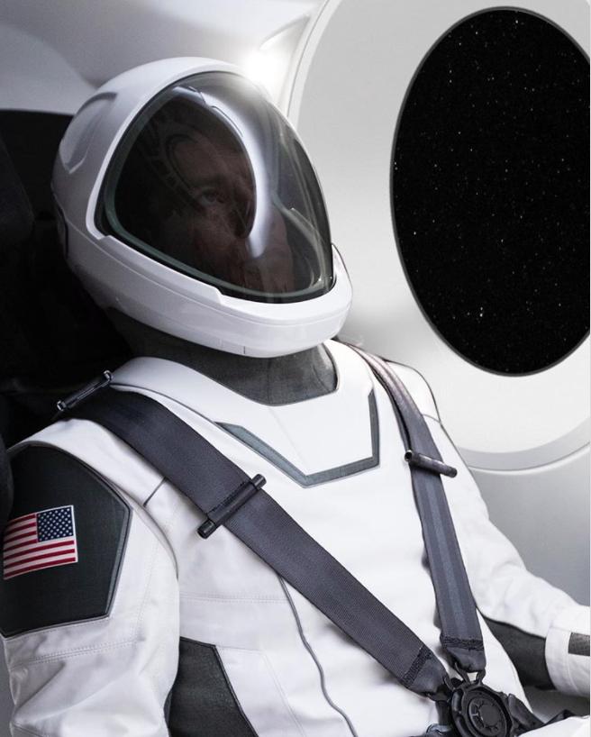 Das ist der offizielle SpaceX-Raumanzug