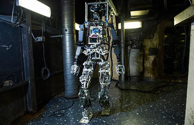 US Navy's firefighting robot finally appears (with a trusty sidekick)