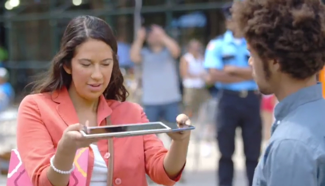 Samsung Galaxy Tab iPad ad