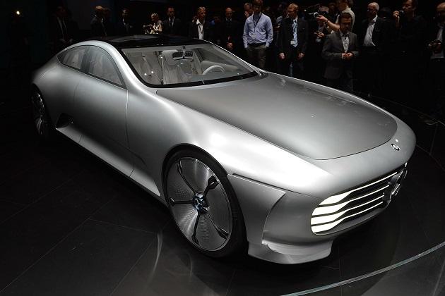 メルセデス・ベンツ、4モデルに採用する電気自動車専用プラットフォームを開発中