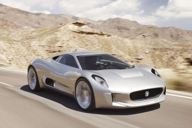 【レポート】007次回作『SPECTRE』、ボンドの宿敵が乗るのはジャガーのコンセプトカー「C-X75」に?