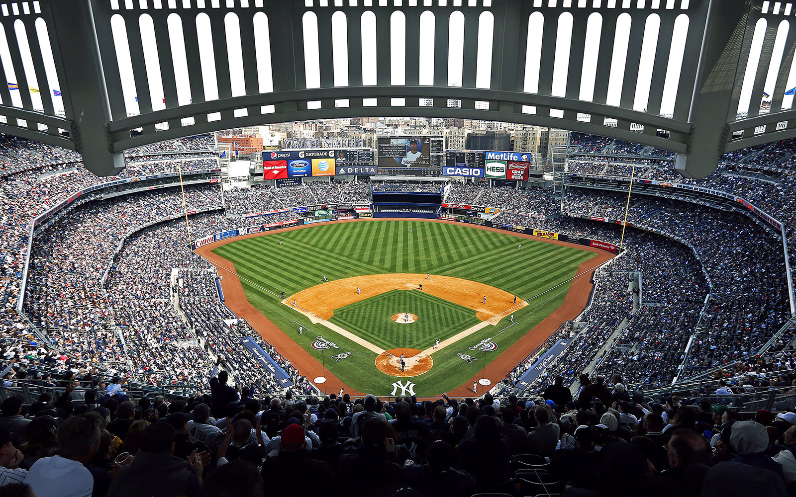 ballpark guides yankee stadium baseball gameday guide the best places    Yankee Stadium