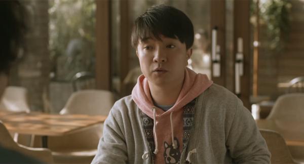 人気俳優・濱田岳が街ロケで見せたふるまいが「小学生みたい」で可愛すぎると話題に 「イメージ通りで安心する」