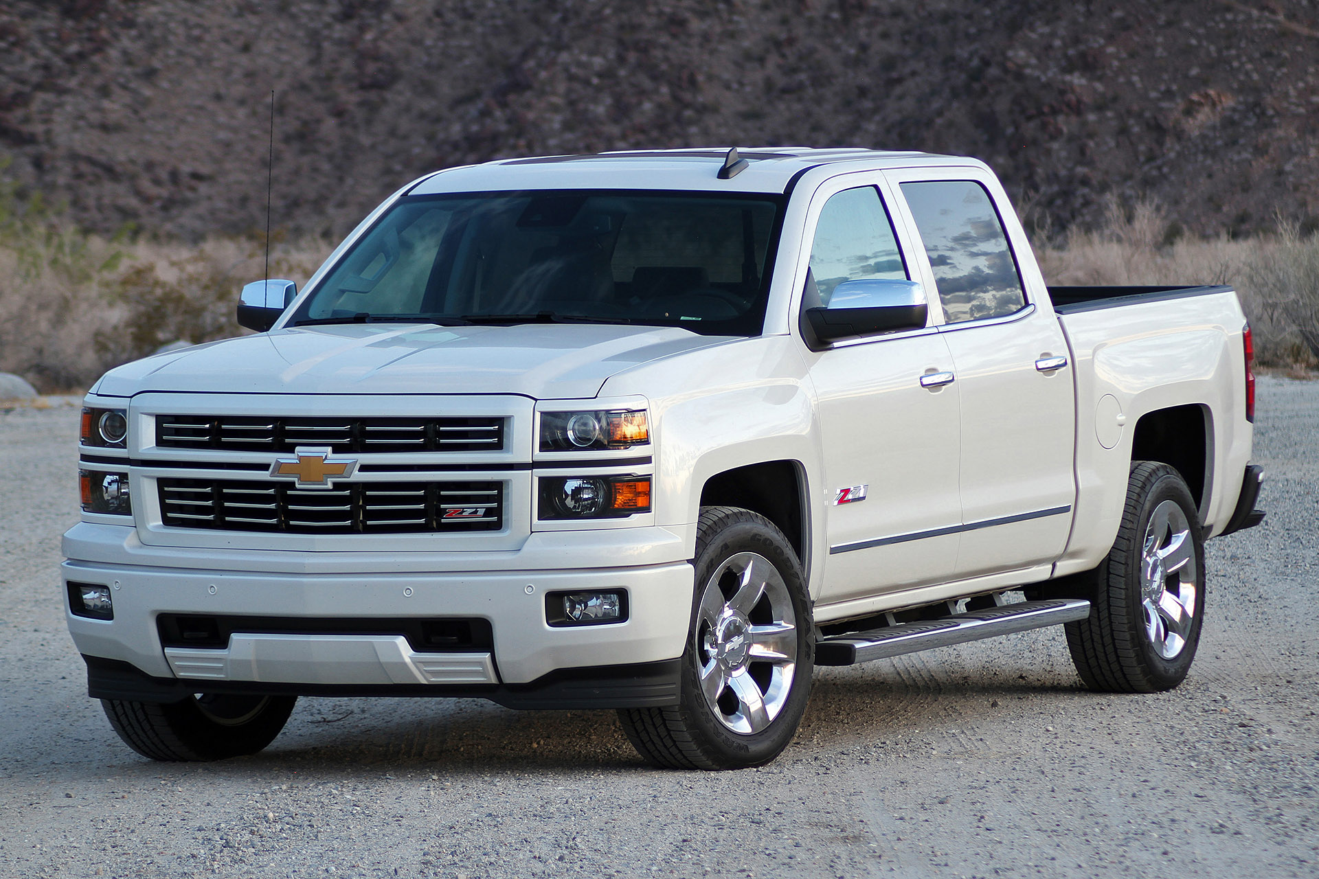 chevy silverado. Black Bedroom Furniture Sets. Home Design Ideas
